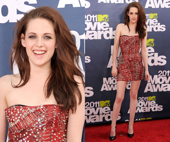 pic of kristen stewart dressed up