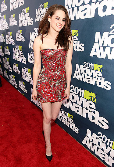 kristen stewart 2011 mtv movie awards. Kristen#39;s edgy Balmain mini